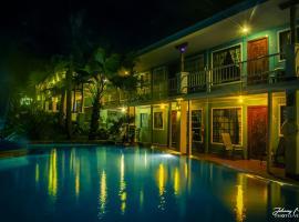 Waterfront Hotel Verde Mar