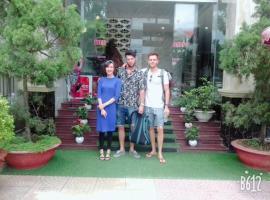 Tùng Phương Hotel 1