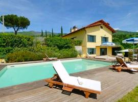 Villa Bensi Villa Sleeps 10 Pool WiFi
