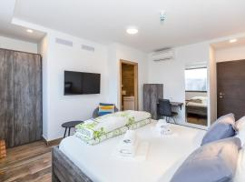 Apinelo Tower Rooms