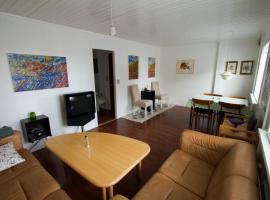 Cosy apartment nearby beach, marina & city centre