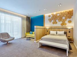 Aqua-Minsk Hotel Plus