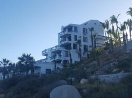 Oceanfront condo w/spectacular views!