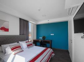מלון מאריס