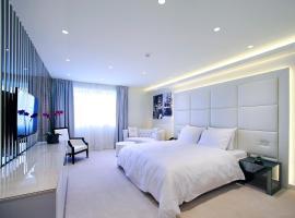 Hotel 9