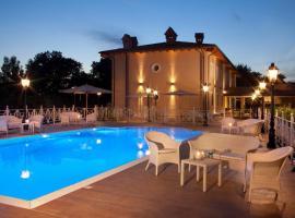 فندق بيكولو بورغو