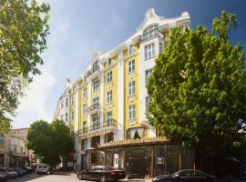 Grand Hotel London
