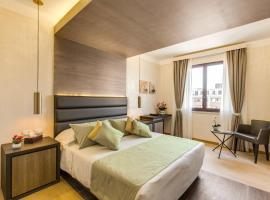 Warmthotel, Roma