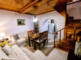 Ermioni's Cottage, Агиос-Маркос