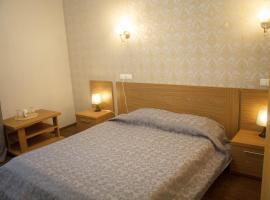 Hotel on Frontovaya 10