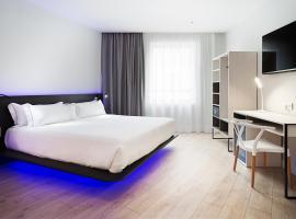 فندق بي آند بي مدريد ثينترو بويرتا ديل سول