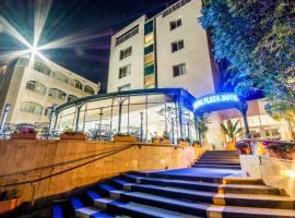 מלון רויאל פלאזה