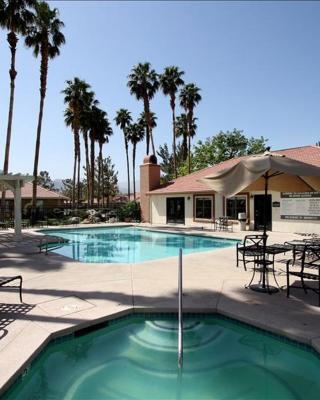 Palm Lake Luxury Condo