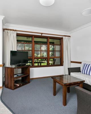 Lorhiti Apartments