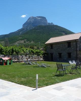 Puerta de Ordesa Garden