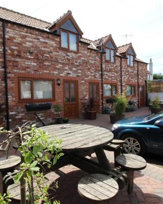 Albion Cottages