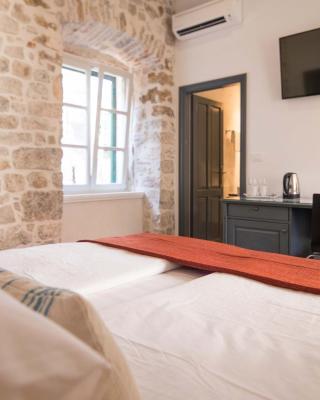 Mediterraneo Luxury Rooms