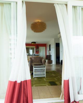 Baan Talay Samran Suite 410