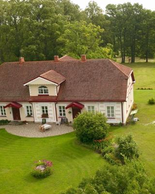 Bear Manor