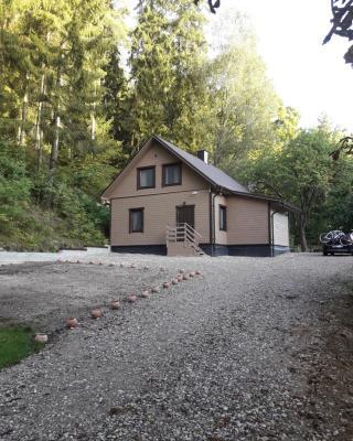Mill Hause Apart 1