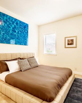 Gorgeous 3 Bedroom Passyunk House with Patio
