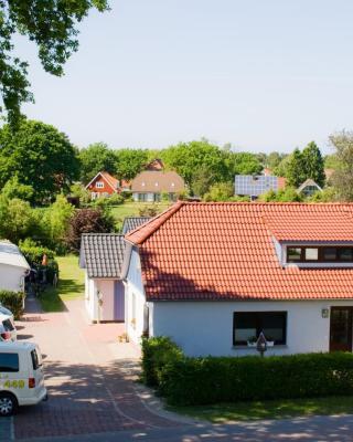 Heuser Prerow - 5 zentrale Ferienwohnungen