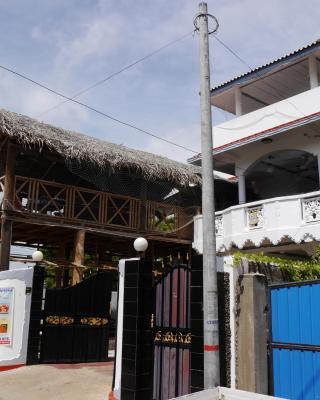 Trinco Hemach Beach Hotel