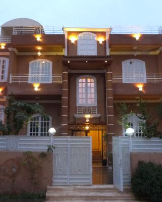 Luxor Star Apartments