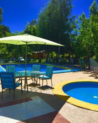 Casa de temporada Casas del Campo Los Arces (Chile Pinto ...