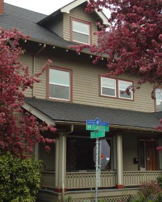 Portland International Guesthouse