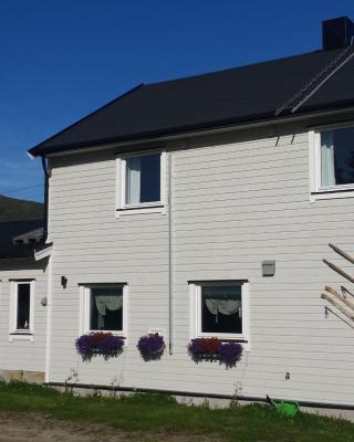 Utsikten Feriehus i Bakkeby