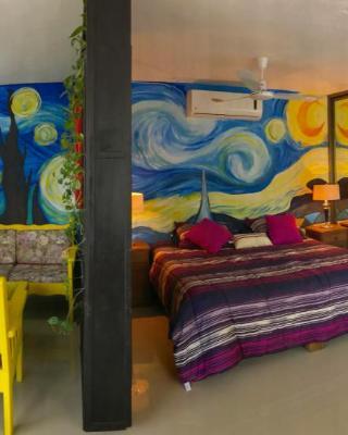Van Gogh Apartment