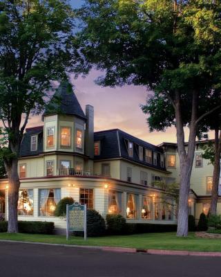 Stafford's Bay View Inn