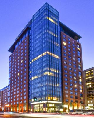 Global Luxury Suites at The Theater District