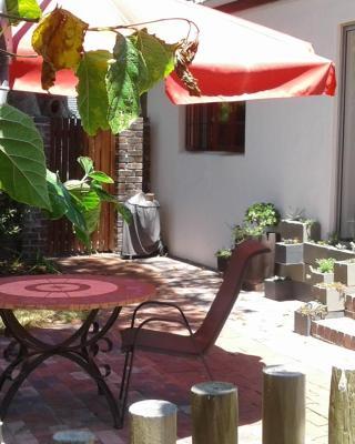 Wine Lovers Cottage Constantia