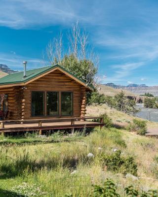 Yellowstone Cutthroat Guest Ranch