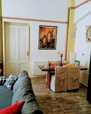 Olive Tree City Apartment