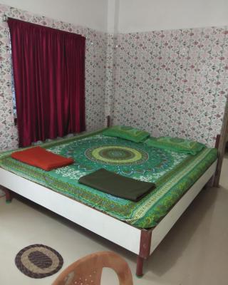 Rishaan Guest House Swargdwar