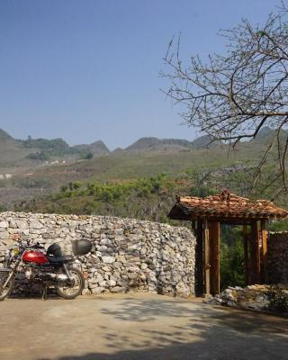 Lolo Guesthouse Meo Vac