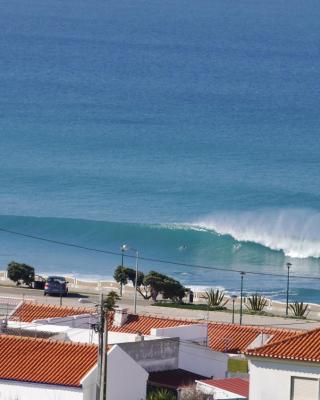 The Wave - Beach 'n' Surf House