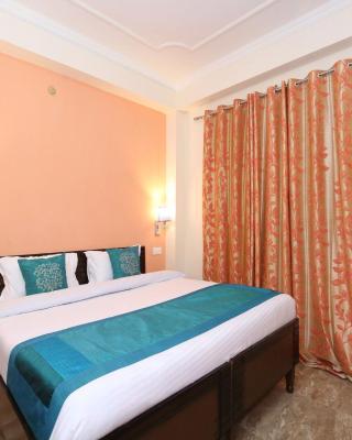 OYO 10861 Home Cozy 1BHK New Shimla