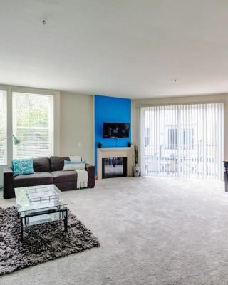 Marina Del Rey/Venice 2 Bed, 2 Bath. Pool, Gym