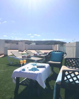 Sunny Day Holiday House