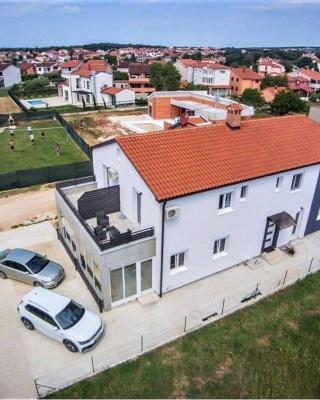 Apartments Mojeljeto