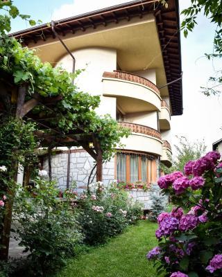 Lina Hotel
