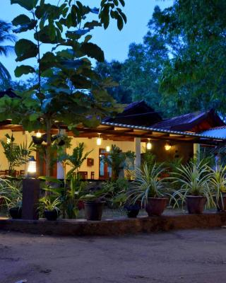 Max Safari Villa