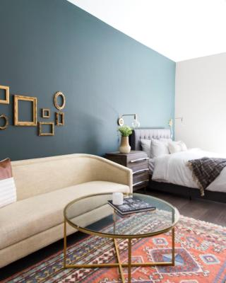 Intimate Downtown Crossing Suites by Sonder