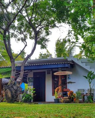 Yaye Guest House