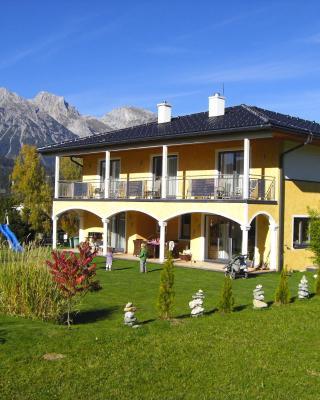 Villa Castelli