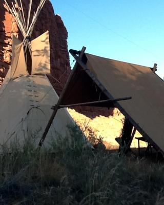 Black Feather Tipi Experience